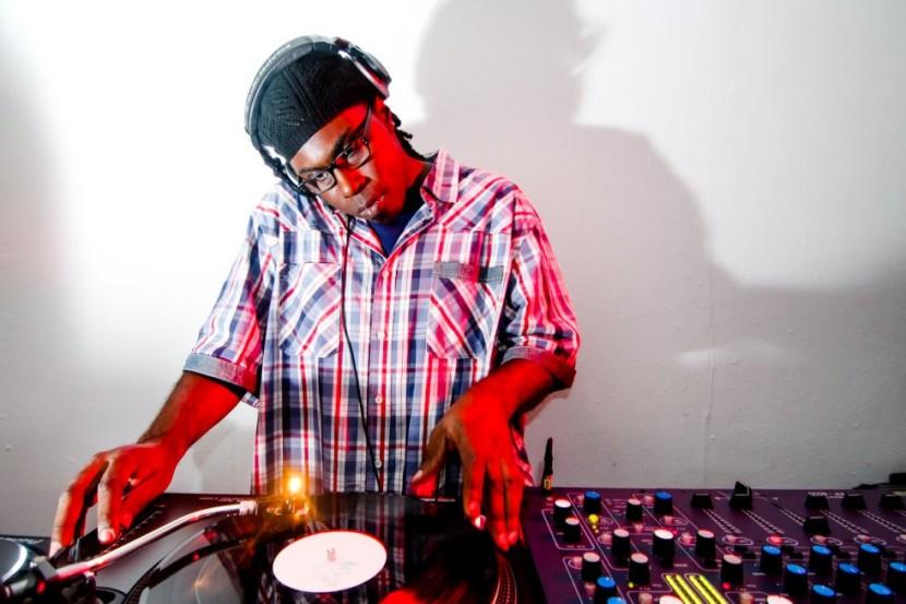 Fred P DJing